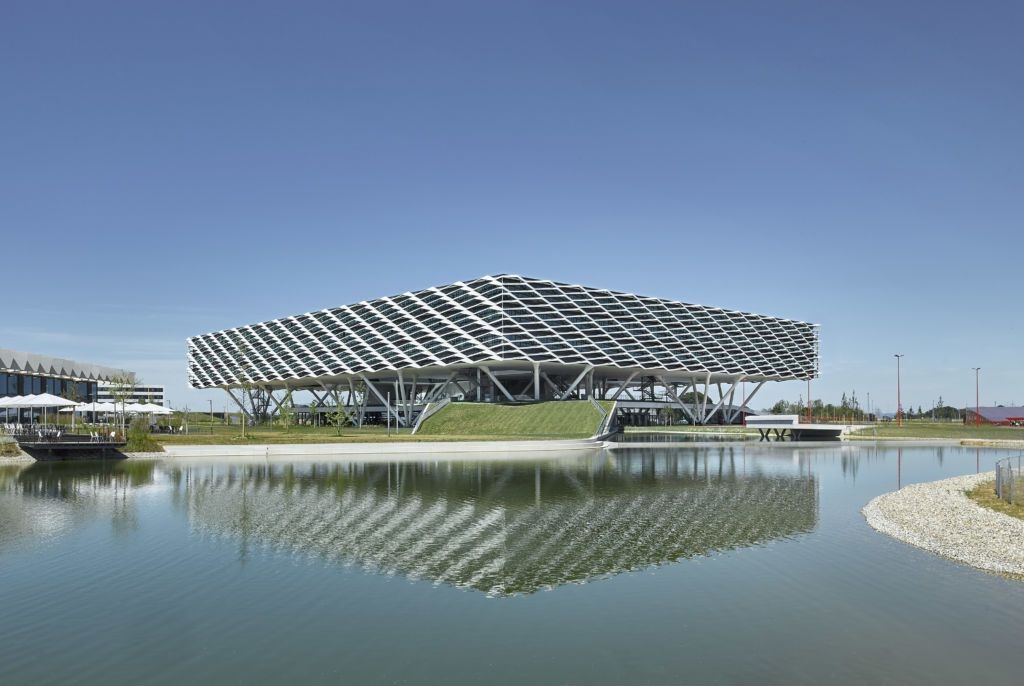 adidas ARENA, World of Sports